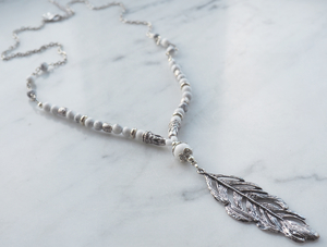 Feather antique halsband