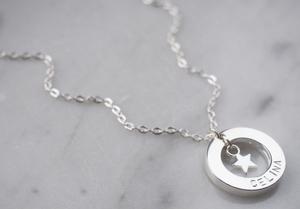 Namnhalsband silverstjärna